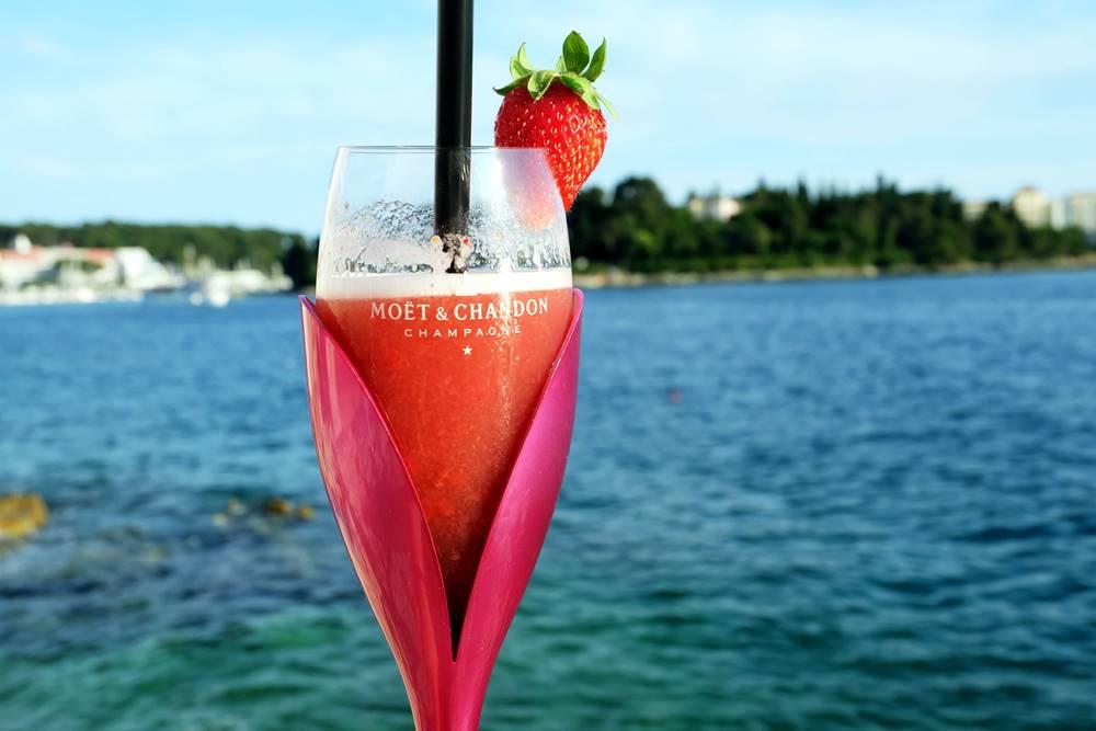 Bild 23 Cocktail Sundowner Valentino Bar Rovinj Istrien Kroatien Luxusreiseblog
