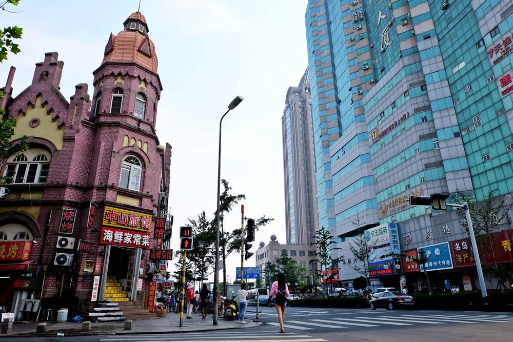 12 Zhongshan Lu Kreuzung Gebäude Bank Qingdao Shandong China