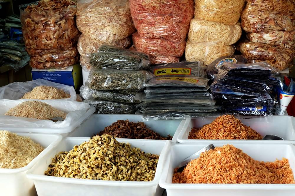 13 Chinesischer Laden Zhongshan Lu Fisch Qingdao Shandong China