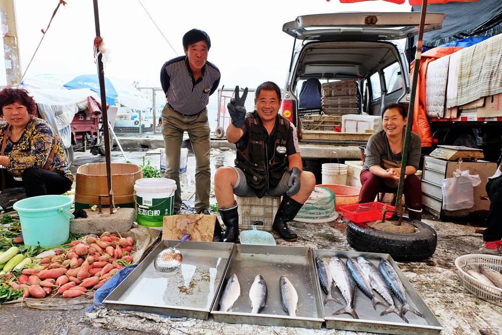 6 Markt Yantai Fisch Händler Shandong China Reiseblog
