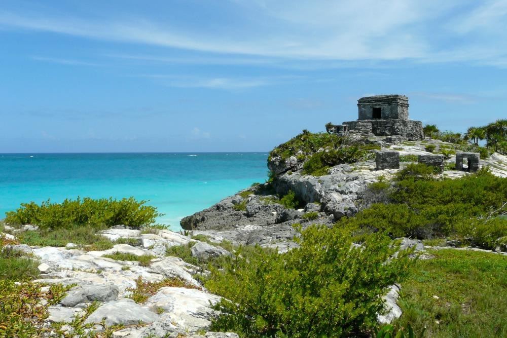 mexiko-tulum-maya-ruine-karibik-meer