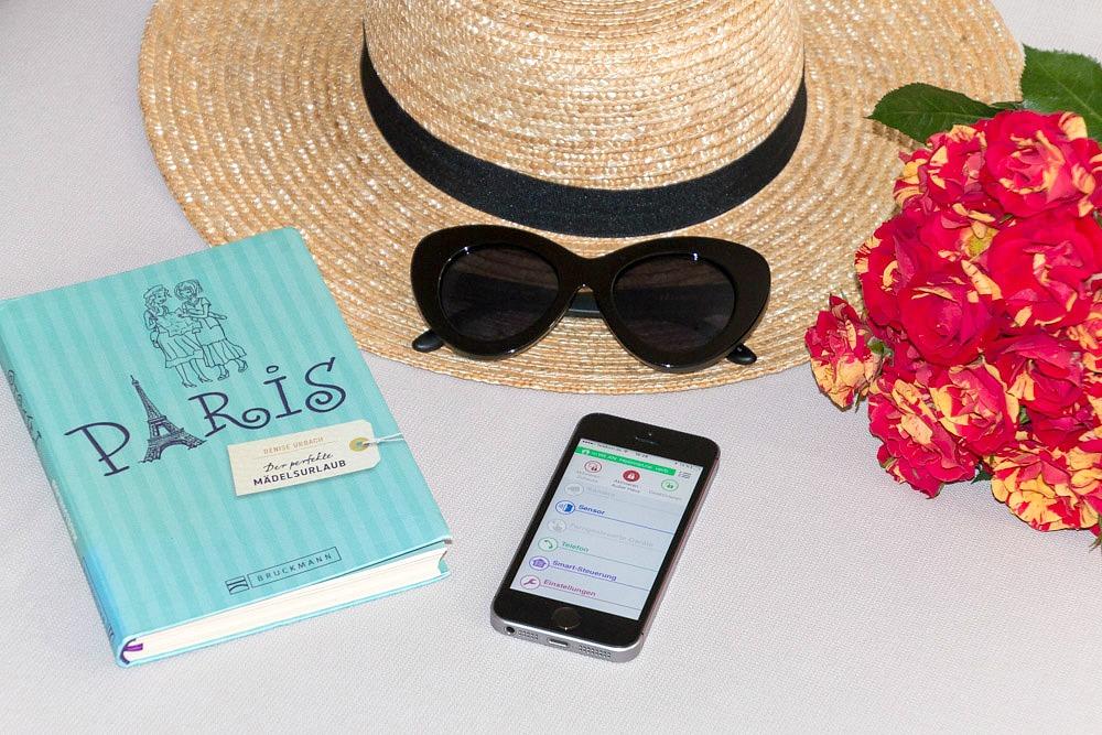 Panasonic Smart Home App Smartphone Urlaub Reise Hausüberwachung