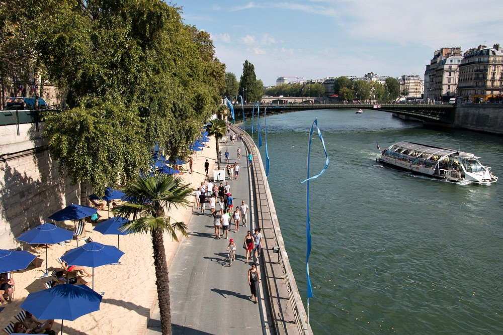Paris Plages Stadtstrand Seine Sonne