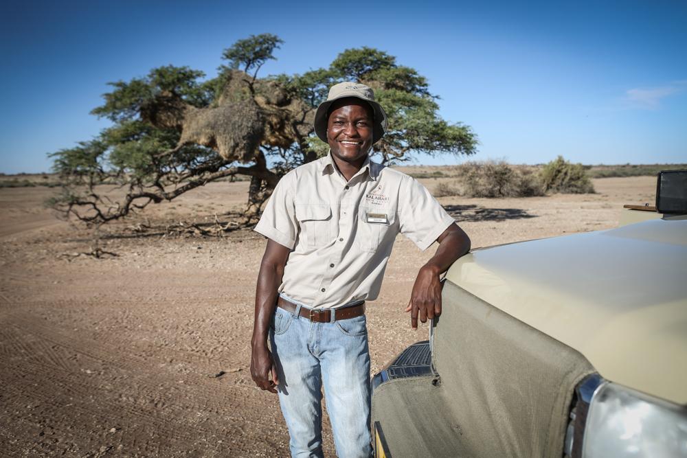 10-namibia-kalahari-wueste-guide-shiimi