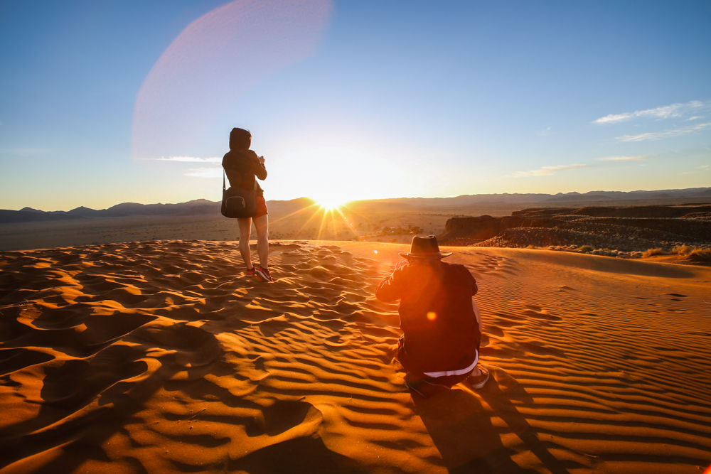 30-namibia-namib-wueste-sonnenaufgang-travel-blogger