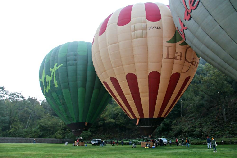 4-heissluftballon-spanien-garrotxa-pyrenaeen
