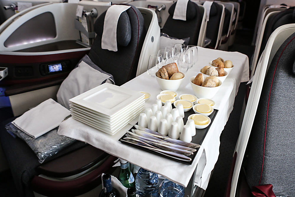 9-business-class-qatar-airways-dreamliner-boeing-787-service