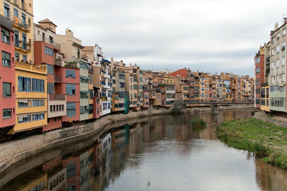 girona-katalonien-spanien-fluss