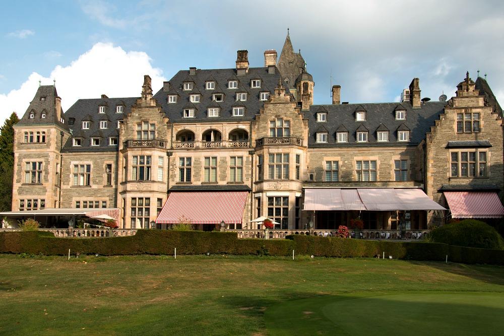schlosshotel-kronberg-bei-frankfurt-5-sterne-hotel-luxusreiseblog