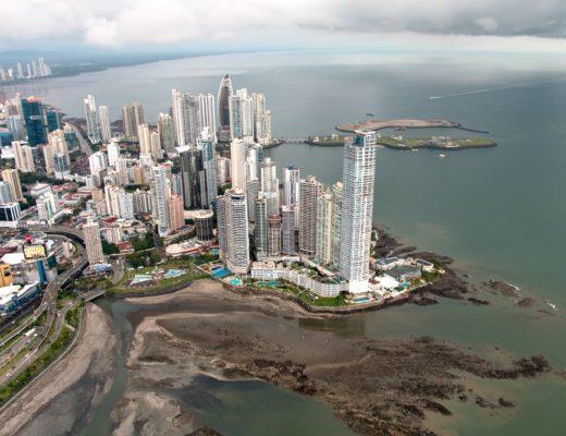 Hubschrauber Rundflug über Panama Stadt