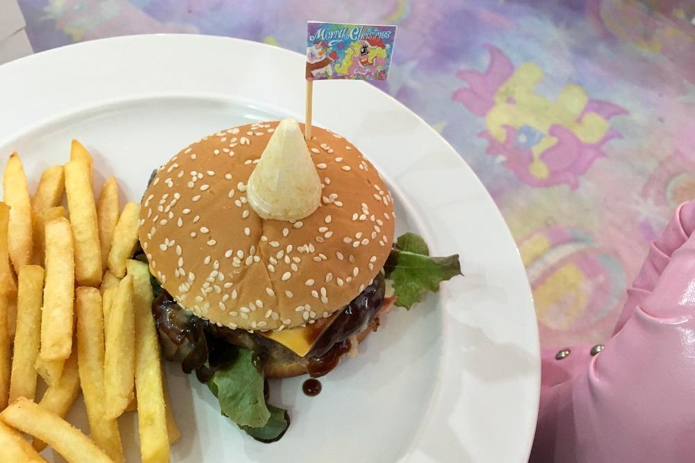 Burger im Unicorn Cafe