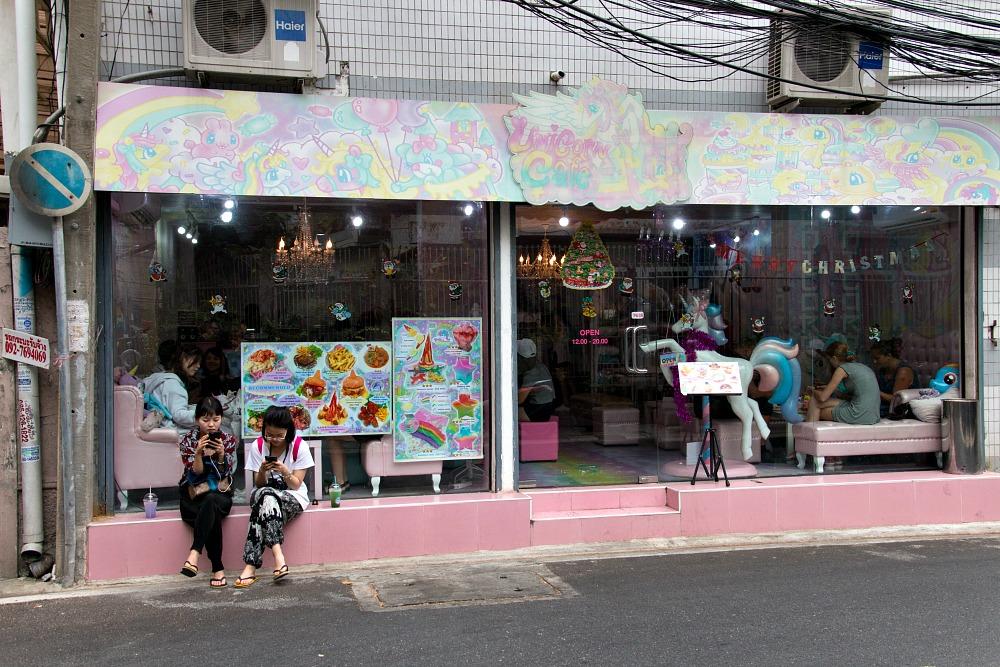 Unicorn Cafe in Bangkok von außen