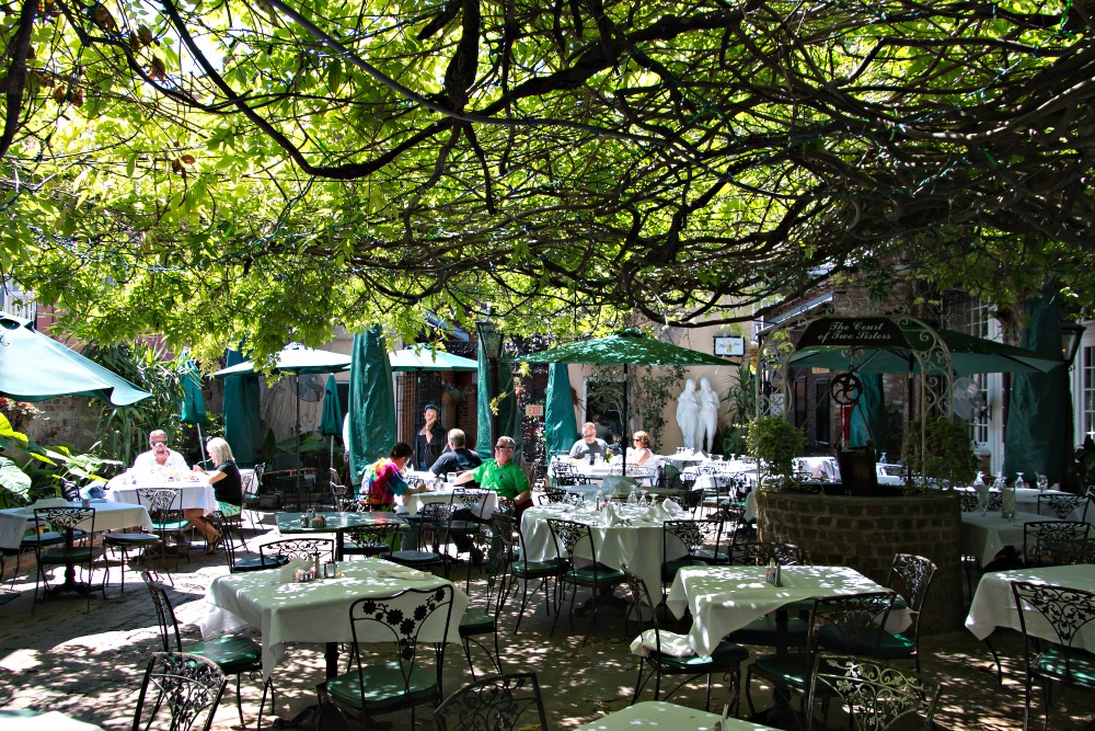 """Jazz Brunch bei """"The Court of Two Sisters"""""""