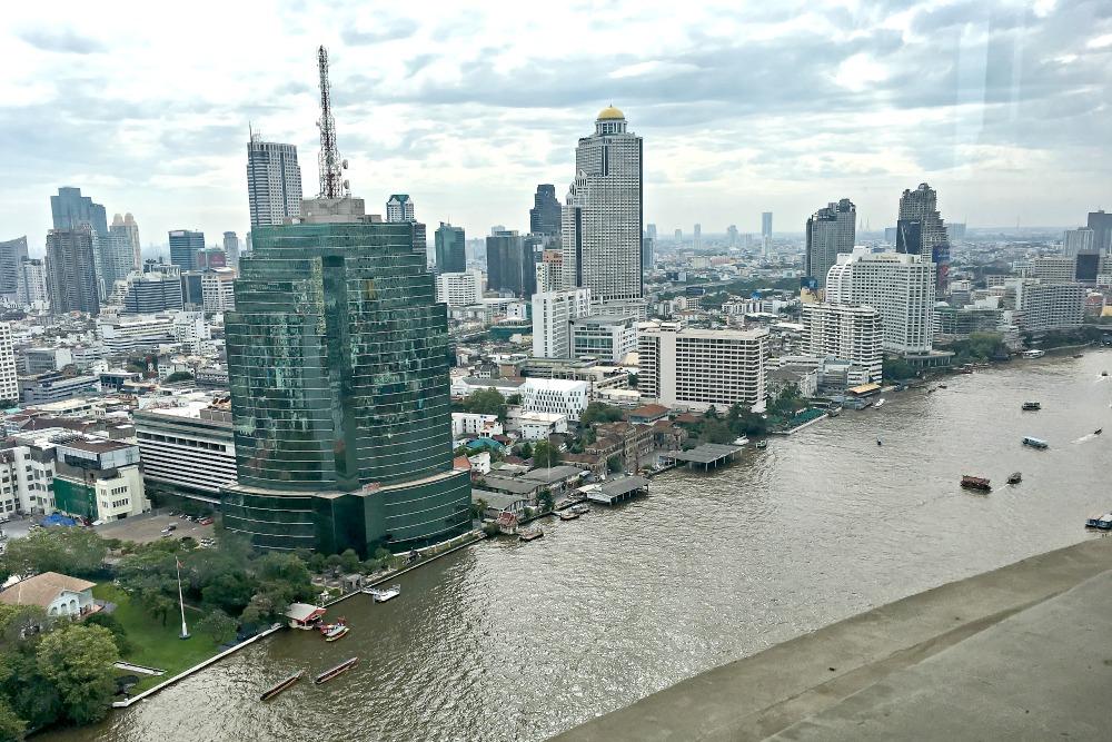 Blick auf den Fluss in Bangkok