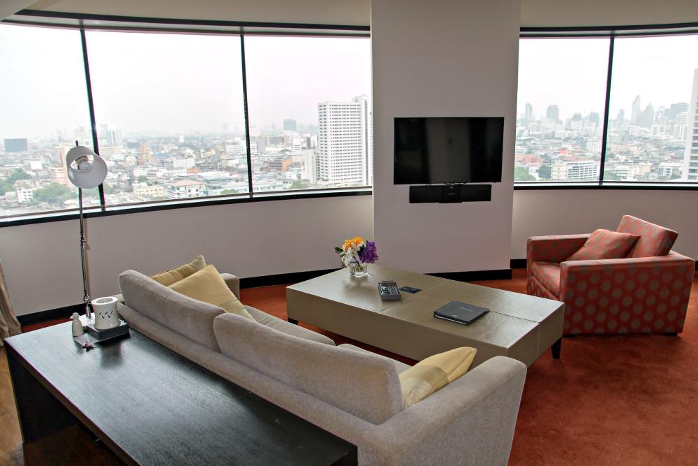 Panoramic River Suite im Millennium Hilton Bangkok Hotel