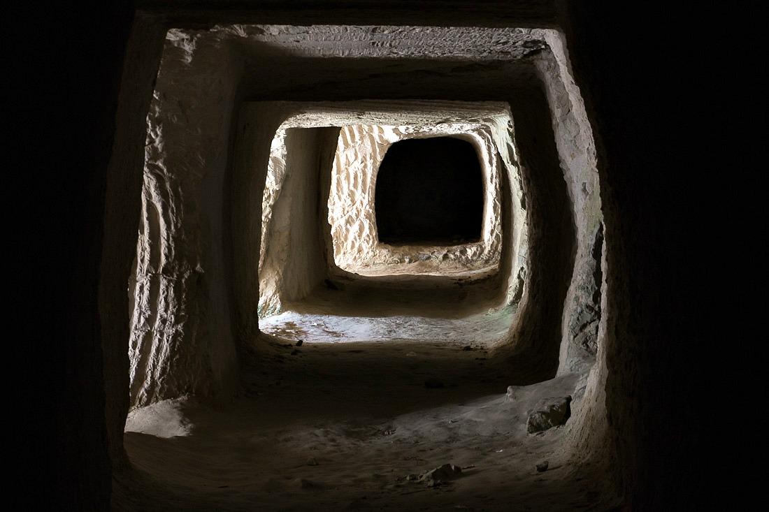 Höhle bei Sarakiniko