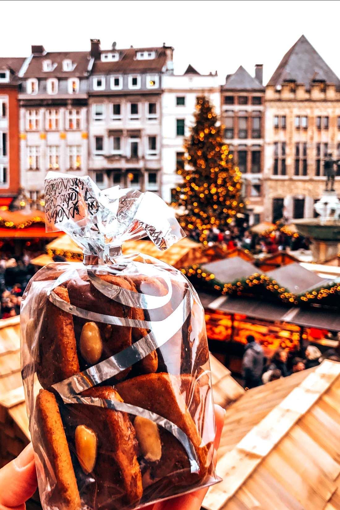 Bester Weihnachtsmarkt In Deutschland.Weihnachtsmarkt Aachen Schönster Weihnachtsmarkt Deutschlands