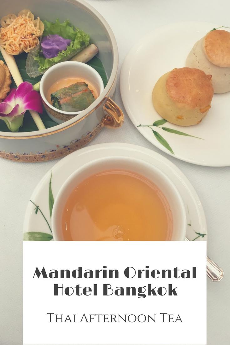 """In der Authors' Lounge des 5 Sterne Hotels """"Mandarin Oriental Bangkok"""" bekommt ihr einen Thai Afternoon Tea serviert - mit thailändischem Essen. Mein Tipp für Bangkok! #Thailand #Bangkok #AfternoonTea #Luxushotel"""