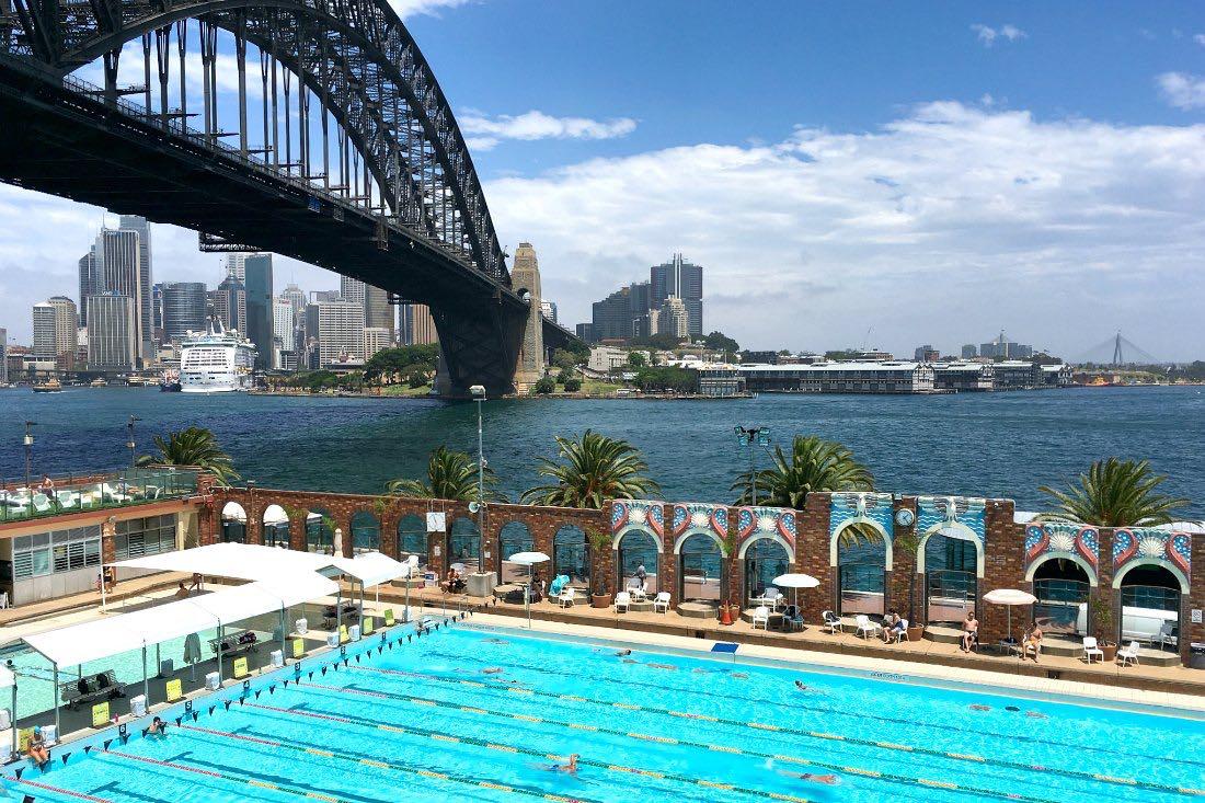 Sydney: Pool unter der Harbour Bridge