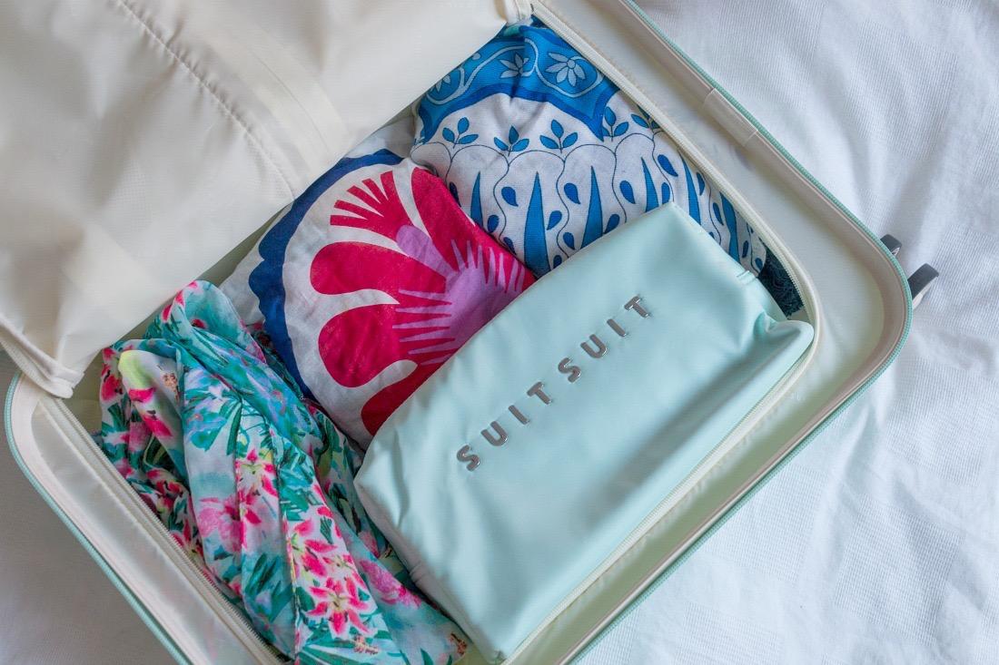 Suitsuit Koffer Test: Handgepäck im Fifties Look