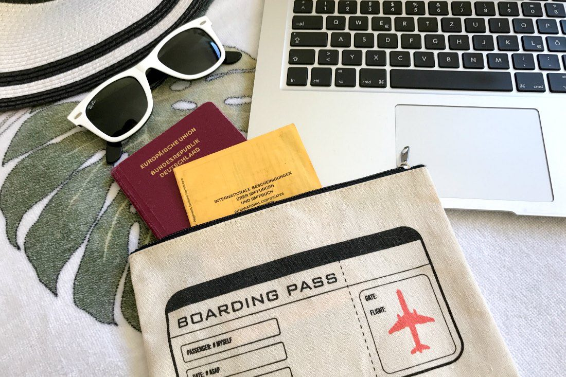 """Digitale Nomaden: Deine Checkliste """"Ortsunabhängig Arbeiten"""" Auslandskrankenversicherung"""