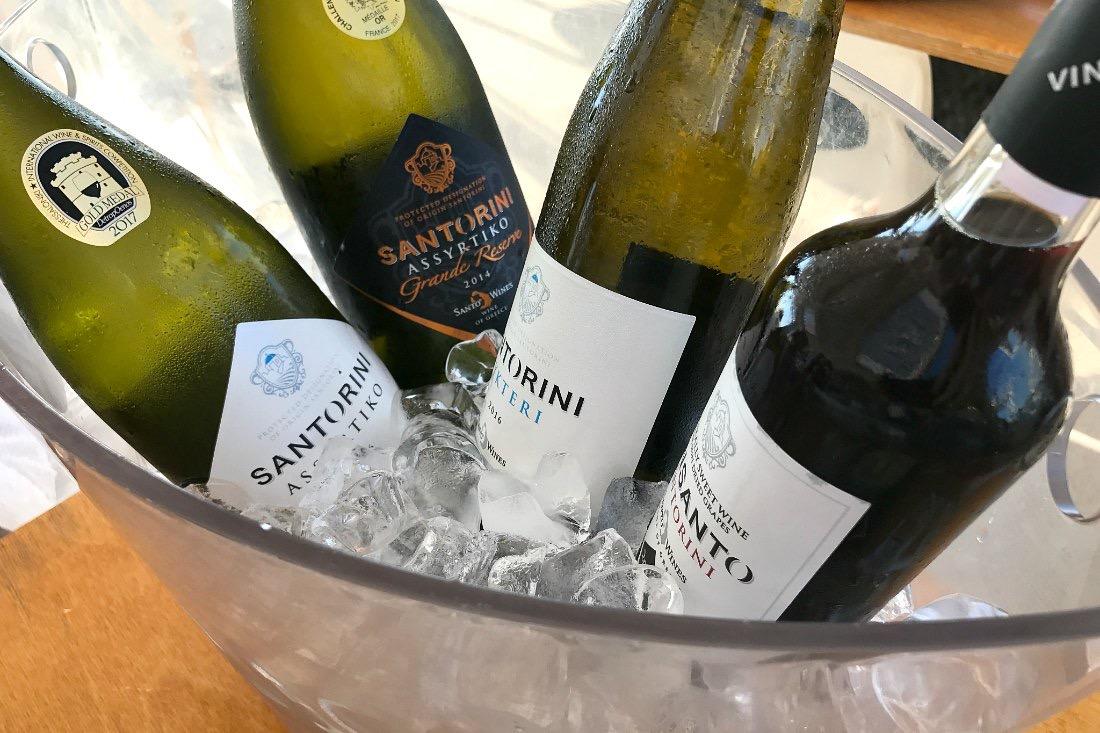Wein von Santorini