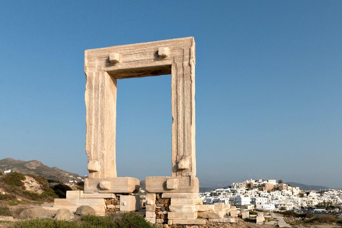 Naxos: Urlaubshighlights mit Ruinen, Strand & Essen