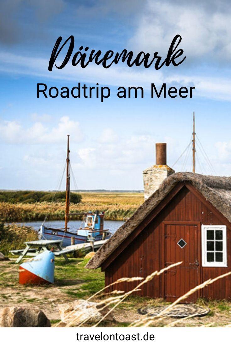 (Werbung) Ein unvergesslicher Dänemark Roadtrip an der Nordsee. Im Reiseblog findest du die schönsten Sehenswürdigkeiten für deinen Urlaub - wie Strand, Leuchtturm, Surfkurs, Hotel oder Restaurant. / Skandinavien Roadtrip / Skandinavien Rundreise / Europa Reisen / Sommerurlaub