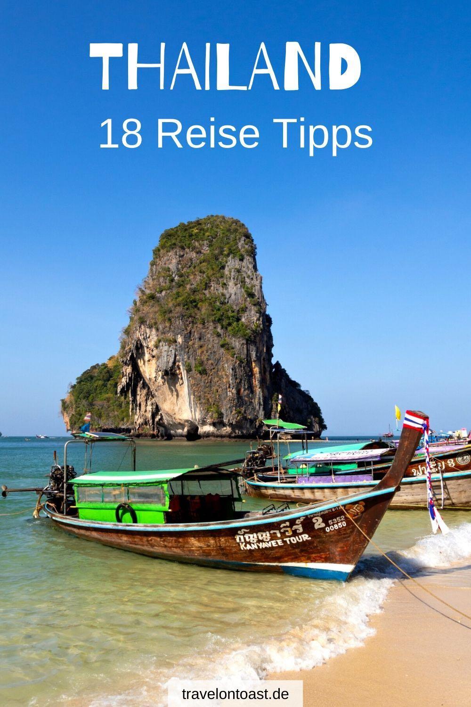 Du möchtest euren ersten Thailand Urlaub planen? Im Reiseblog findest du die besten Thailand Reise Tipps zu Land, Route, Thailand Outfit, Langstreckenflug, Hotels und Essen. / Thailand Reise 2 Wochen / Thailand Reisen / Thailand Rundreise / Thailand Packliste / Asien Rundreise / Asien Reisen / Bangkok Tipps / Bangkok Thailand / #Thailand #Bangkok #Asien #Urlaub #Reisen