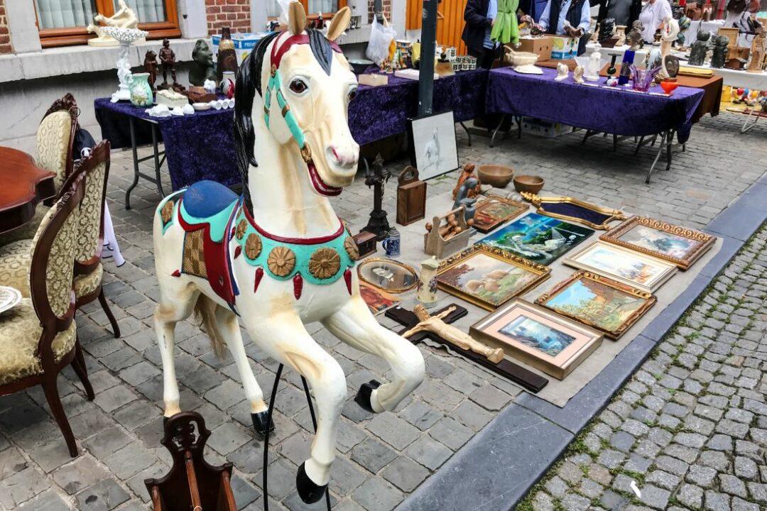 Tongeren Flohmarkt in Belgien