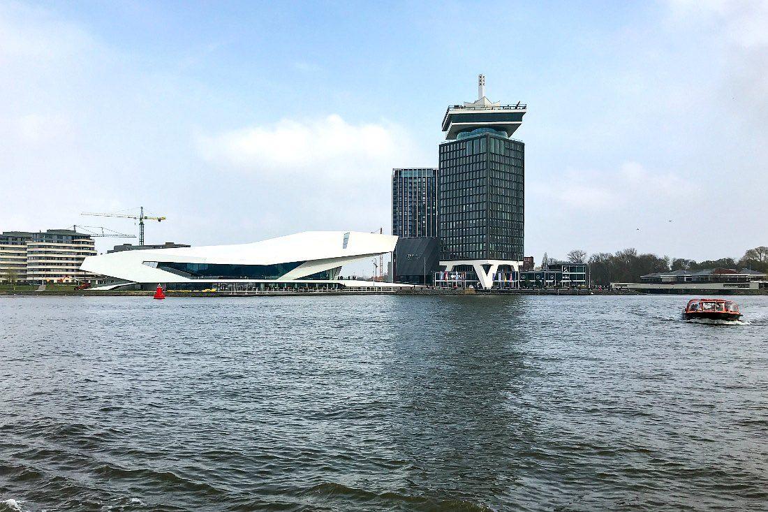 Fähre in Amsterdam