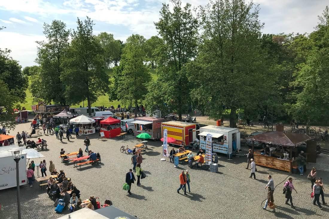 Essen auf dem Flohmarkt Bonn