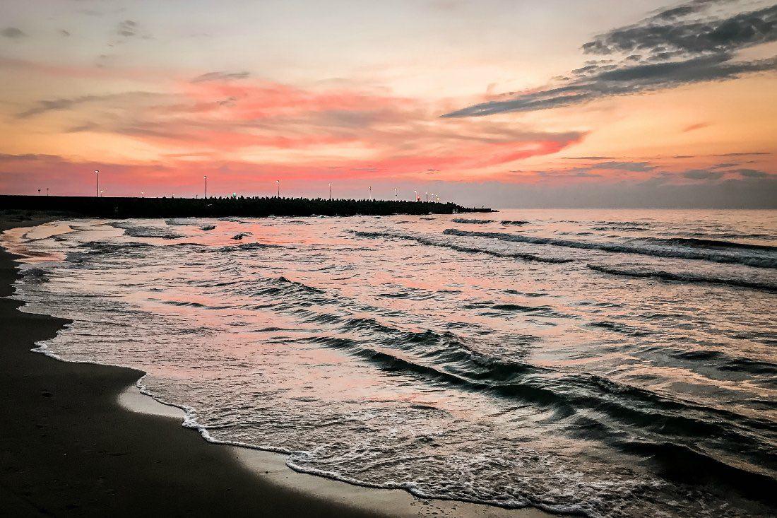 Sonnenuntergang im Kolberg Urlaub an der polnischen Ostsee