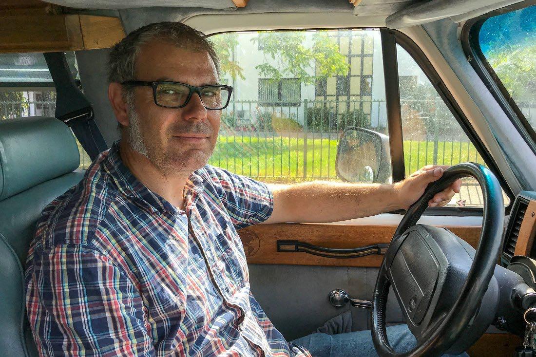 Im Van unterwegs