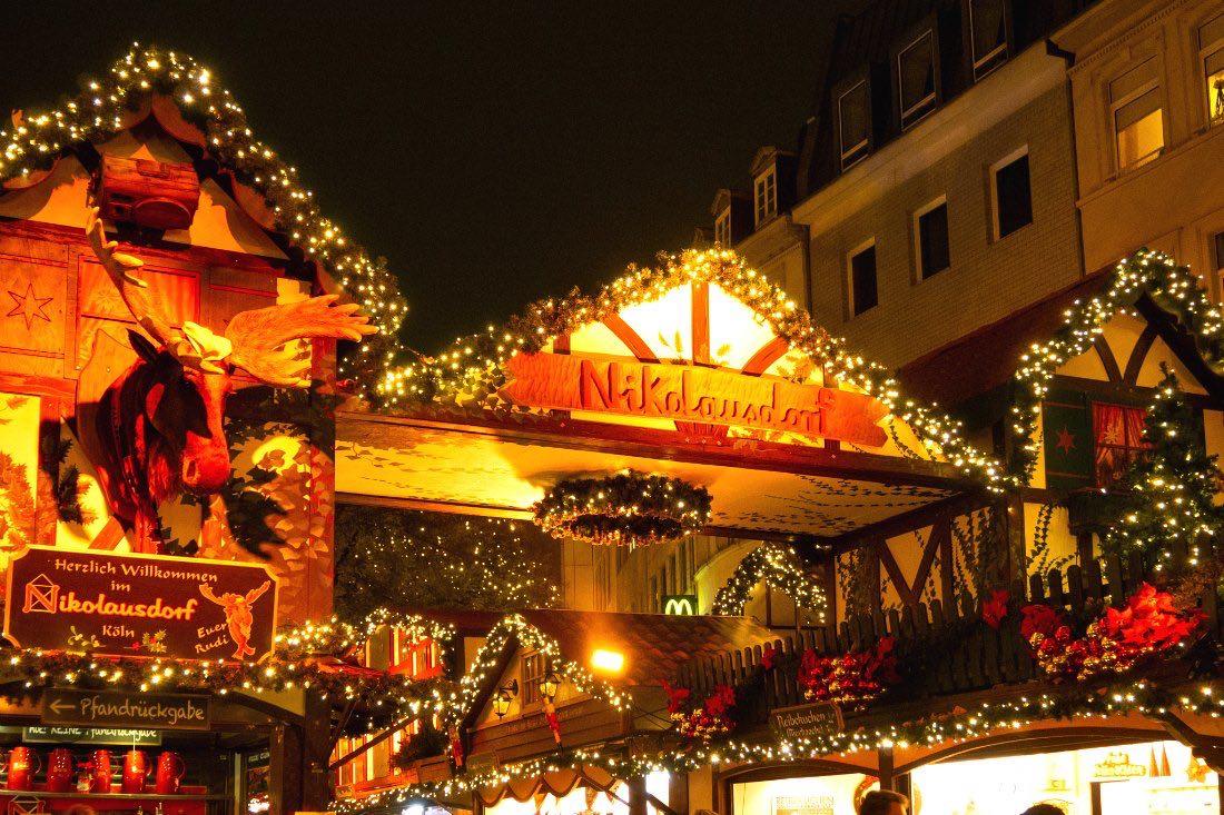 Kölner Weihnachtsmarkt am Rudolfplatz
