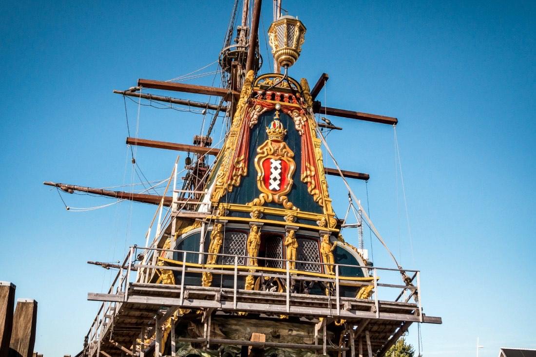 Historisches Schiff in Batavialand Flevoland