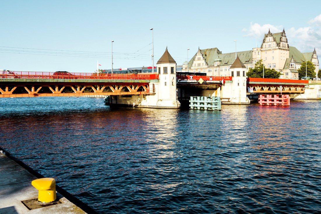 Stettiner Oderpromenade mit Langer Brücke