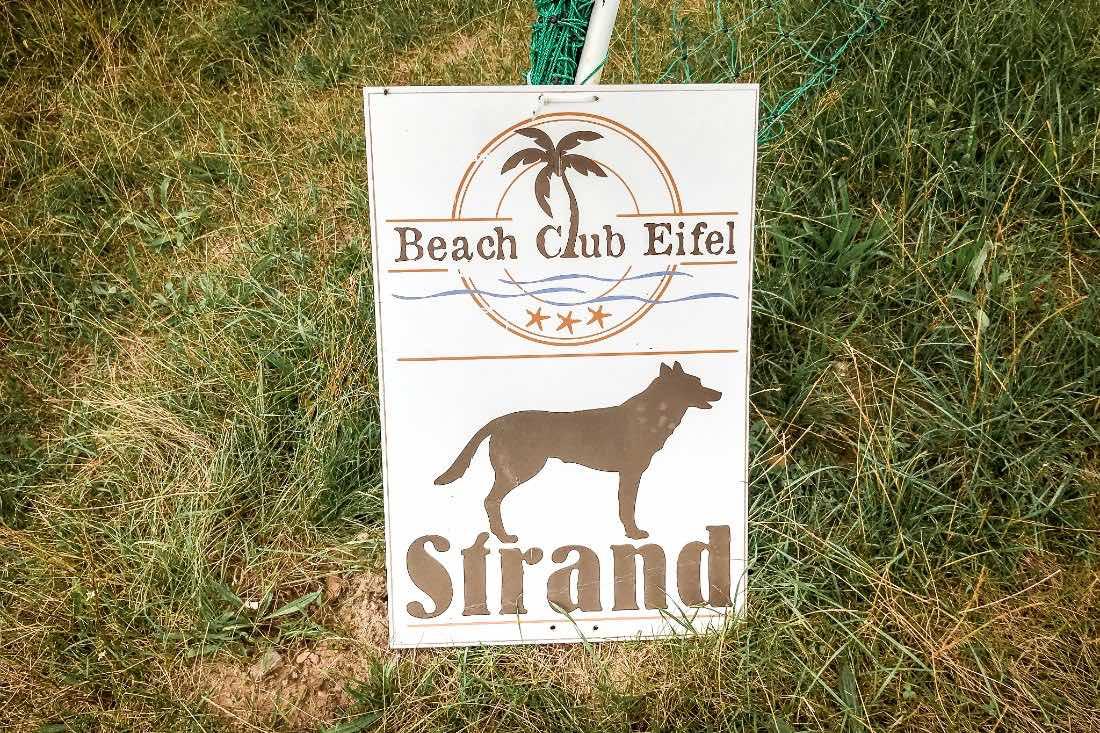 Eifel Urlaub mit Hund Hundestrand