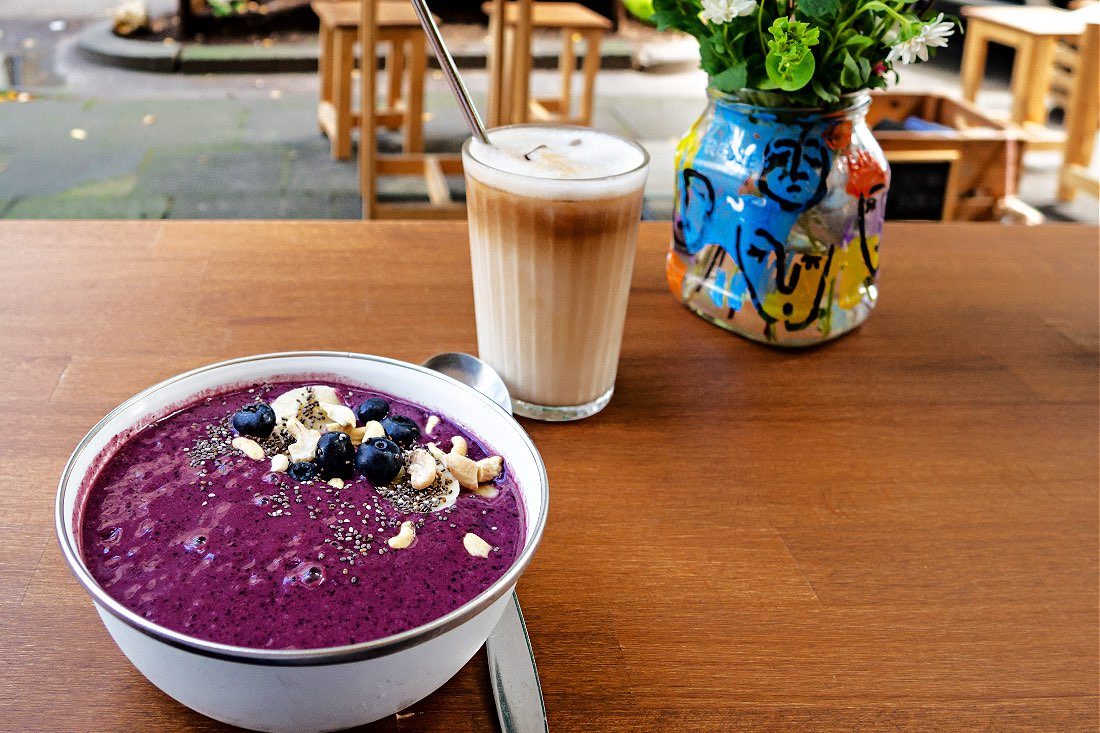 vegan frühstücken in Köln Café Tipps