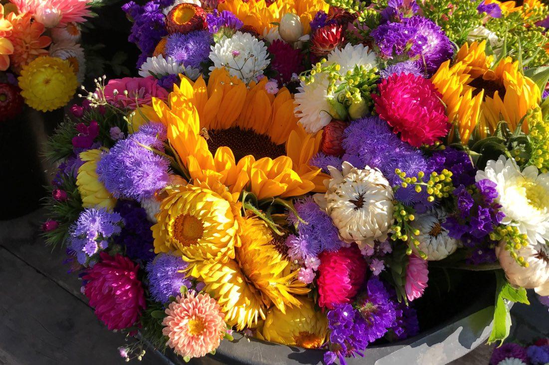 Blumen auf dem Wochenmarkt